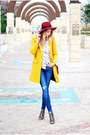 Mustard-zara-coat-blue-zara-jeans-carrot-orange-h-m-hat