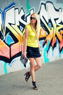 White-beshka-bag-yellow-forever-21-t-shirt-black-zara-heels