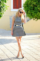 black H&M bag - white new look dress