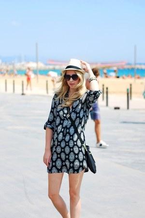 beige Forever 21 hat - black Zara blouse