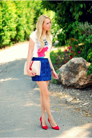 blue Zara skirt - white Zara t-shirt - red pull&bear heels