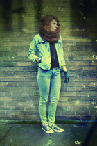light blue denim jacket - magenta wool scarf - camel pants