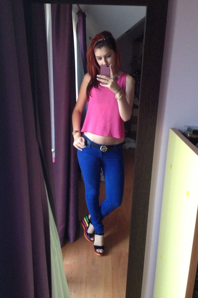 blue Amisu jeans - coloured Tally Weijl wedges - black Guess belt - hot pink top