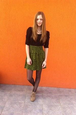 green H&M skirt - black H&M shirt