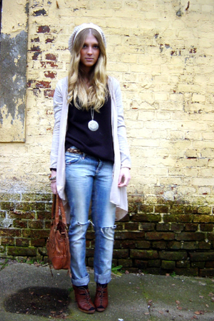 QS jeans - H&M top - H&M shoes - New Yorker cardigan - New Yorker hat - vintage