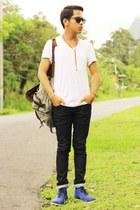 Lee Cooper jeans - Lee Cooper bag - H&M sunglasses - giordano t-shirt