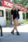 Shoemint-boots-chanel-bag-levis-shorts-noonday-collection-necklace