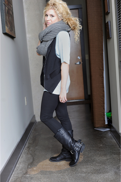 Steve Madden boots - black BDG pants - green American Apparel t-shirt - black f2