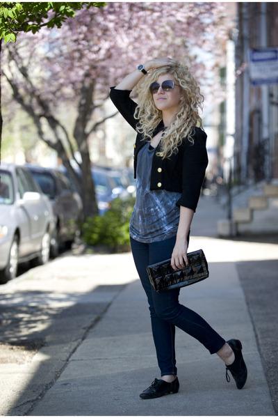 black f21 jacket - blue American Apparel top - black Aldo shoes - black f21 purs
