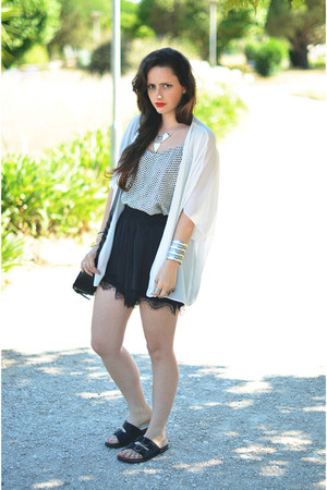 black Primark bag - off white Primark blazer - black Stradivarius shorts