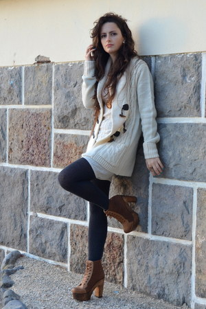 Seaside boots - Bershka dress - Primark cardigan
