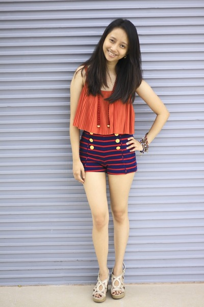 carrot orange pleats Forever 21 top - navy Forever 21 shorts