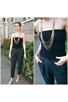 Forever 21 necklace - neutral Vince Camuto heels - H&M pants