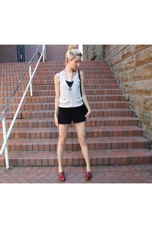 American Apparel shorts - H&M vest - Dolce Vita flats