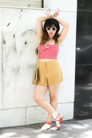 red Forever 21 top - mustard Forever 21 shorts - red Zara sandals