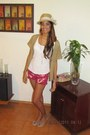 Fedora-hat-shirt-shorts-peep-toe-flats-vintage-vest