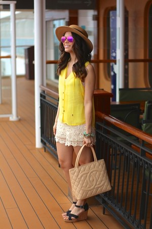 H&M top - Forever 21 hat - Chanel bag - ray-ban sunglasses - TOMS sandals