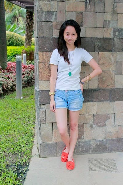 Carrot Orange CMG Shoes, White Mango Shirts, Sky Blue Zara Shorts ...