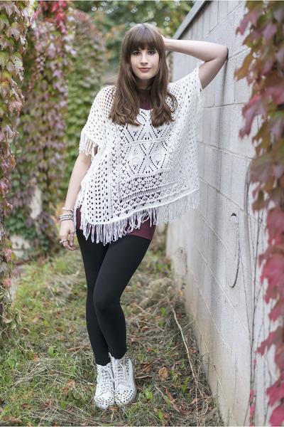 crimson American Apparel top - white H&M sweater - black GINA TRICOT leggings