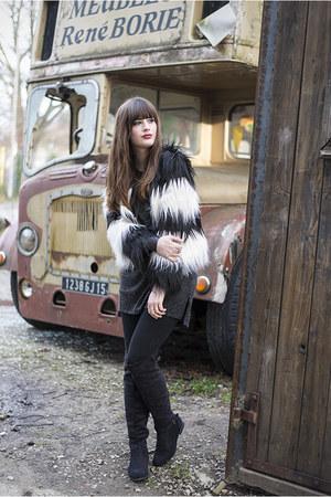 black faux fur Front Row Shop coat