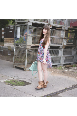 bronze papucei boots - bubble gum WalG dress