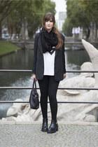 black H&M blazer - black Deichmann boots - black liebeskind bag