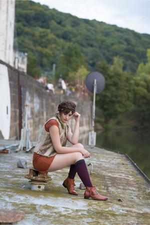 tawny Melvin & Hamilton boots - tawny Esprit dress
