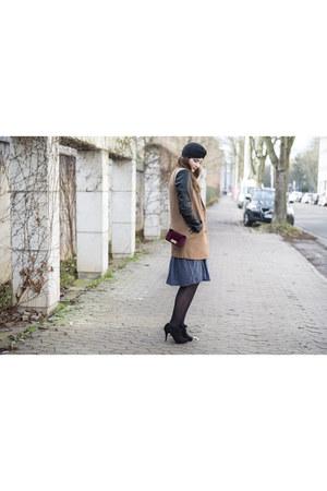 dark brown asos coat - black asos hat