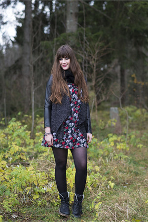 black Rieker boots - black Glamorous dress - black misterlady cardigan