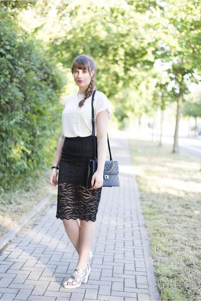 white Soccx shirt - black Forever 21 bag - black H&M skirt