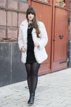 black Tommy Hilfiger boots - ivory Primark jacket