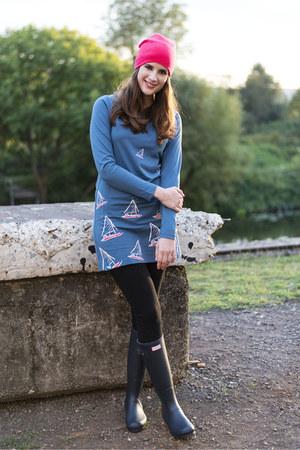 blue Brakeburn dress - blue Hunter boots - hot pink Primark hat