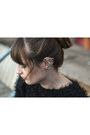 Black-h-m-sweater-silver-dualshine-earrings