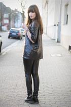 black Front Row Shop leggings - navy Front Row Shop shirt