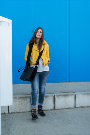yellow Stradivarius jacket