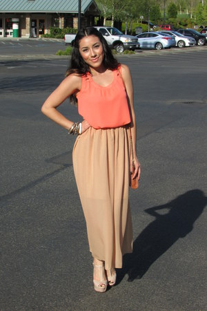 nude Forever 21 skirt - neutral Steve Madden heels