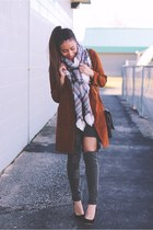 charcoal gray plaid Fashionjunkee scarf - brick red Sheinside coat
