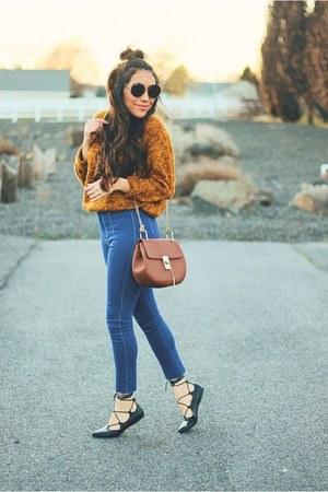 blue Lovelywholesale jeans - light orange sweater - black fashionjunkee flats