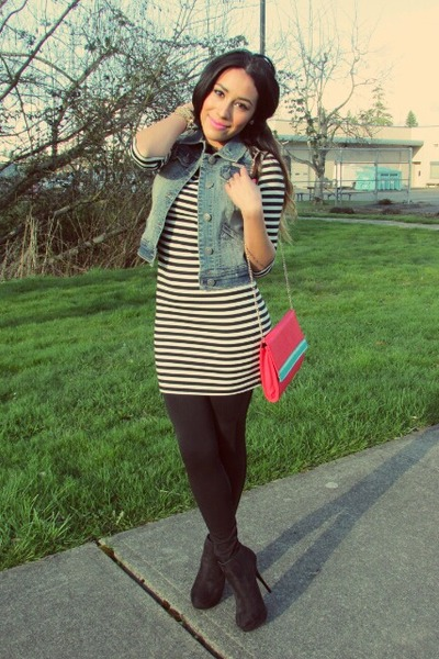teal vest - black dress - red bag