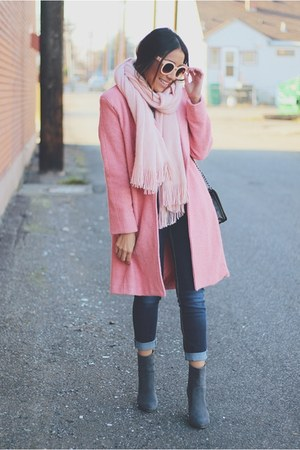 heather gray JustFab boots - bubble gum coat - light pink Forever 21 scarf