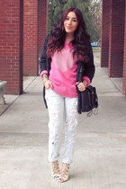 light blue jeans - bubble gum sweatshirt