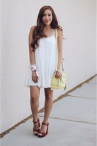 yellow Povertyflatsbyrian bag - white dress