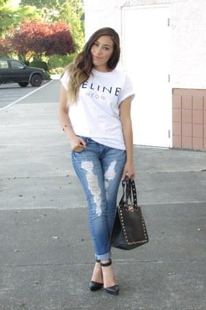 white Choies t-shirt - blue jeans - black Forever 21 heels