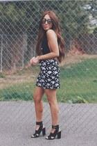 black floral Gap skirt - black Forever 21 heels