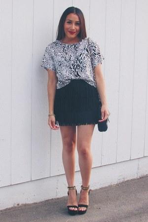 black Forever 21 skirt - black Forever 21 heels - black leopard print top