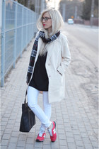beige coat coat - t-shirt - new balance sneakers