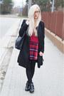 Long-black-coat-coat-tartan-skirt