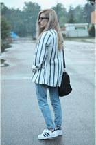 stiped oversize blazer - boyfriend jeans jeans