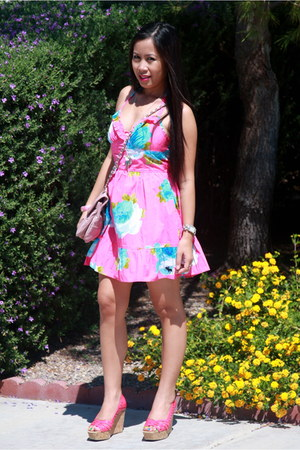 abercrombie and fitch dress - Forever21 bag - Jessica Simpson wedges
