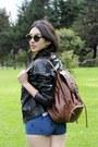 Black-stradivarius-jacket-light-brown-falabella-bag-navy-forever-21-shorts